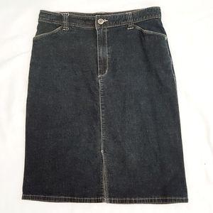 Dark Denim pencil jean skirt w pockets!